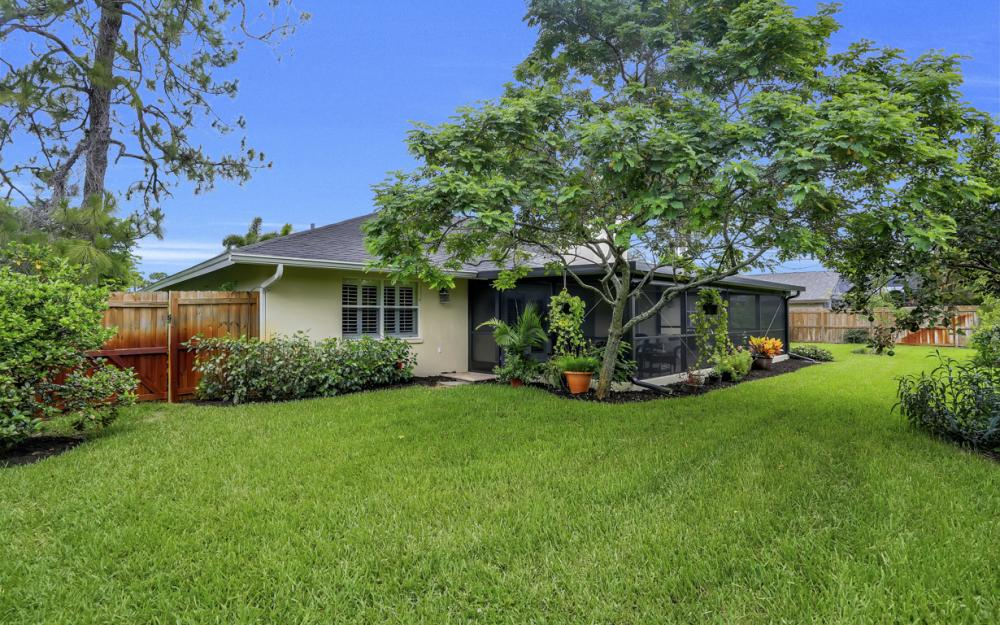 438 Cypress Way E, Naples - Home For Sale 1355466185