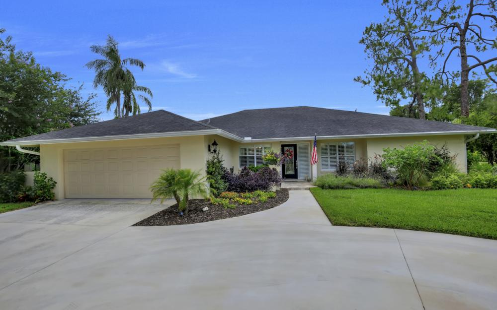 438 Cypress Way E, Naples - Home For Sale 2081117452