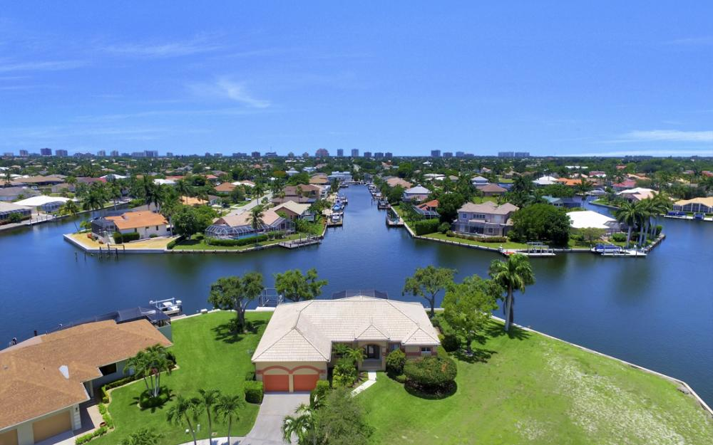 1710 Canary Ct, Marco Island - Home For Sale 1739707680
