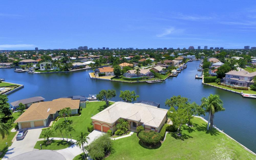 1710 Canary Ct, Marco Island - Home For Sale 91957829