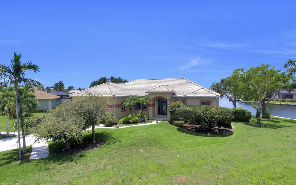 1710 Canary Ct, Marco Island - Home For Sale 1532676323