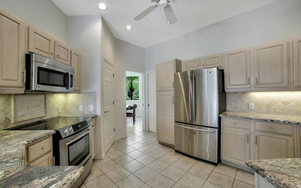 1710 Canary Ct, Marco Island - Home For Sale 3907039