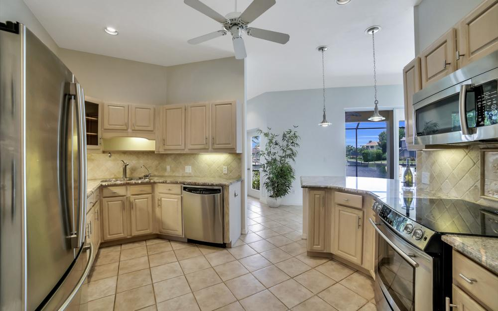 1710 Canary Ct, Marco Island - Home For Sale 681679604