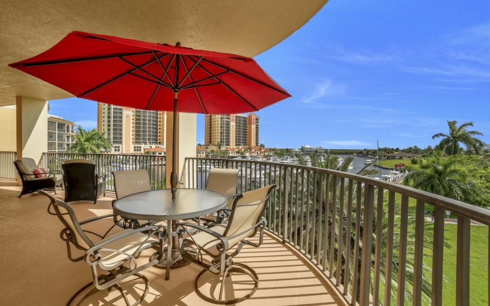 5702 Cape Harbour Dr #301, Cape Coral - Condo For Sale 668781619