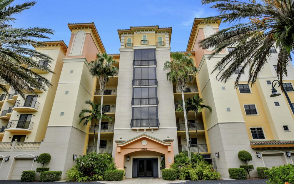 5702 Cape Harbour Dr #301, Cape Coral - Condo For Sale 1605974243