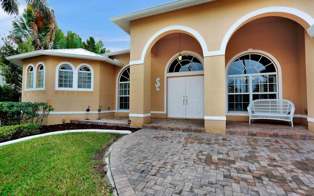 2132 SE 20th Pl, Cape Coral - Home For Sale 944624539