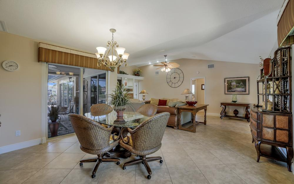 1522 SW 54th Ter, Cape Coral - Home For Sale 309389184