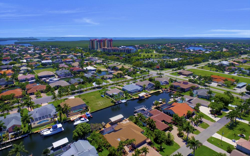 1522 SW 54th Ter, Cape Coral - Home For Sale 390457896
