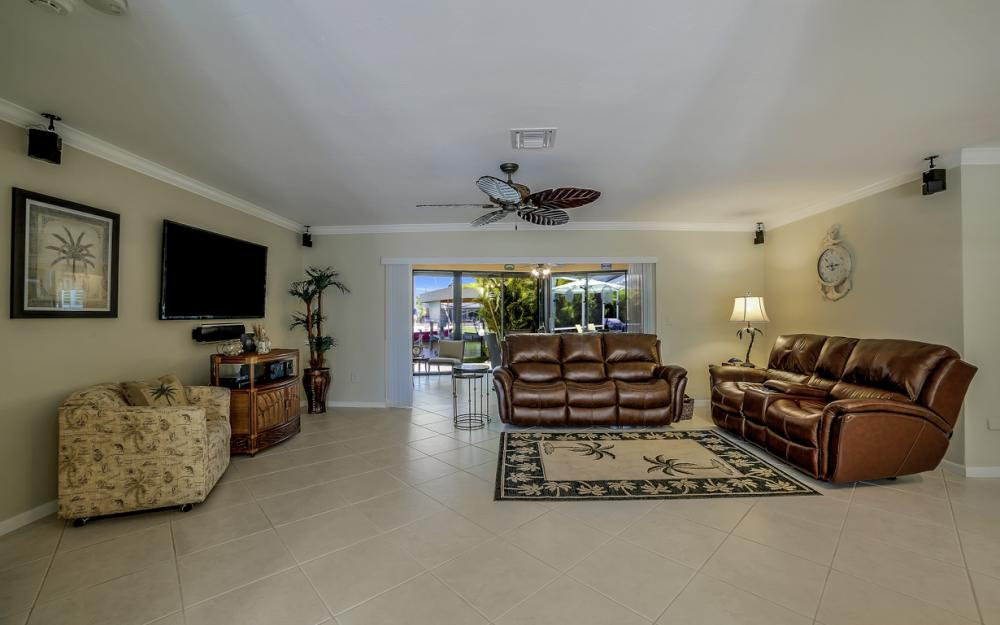 140 SW 56th Ter, Cape Coral - Home For Sale 1198375945