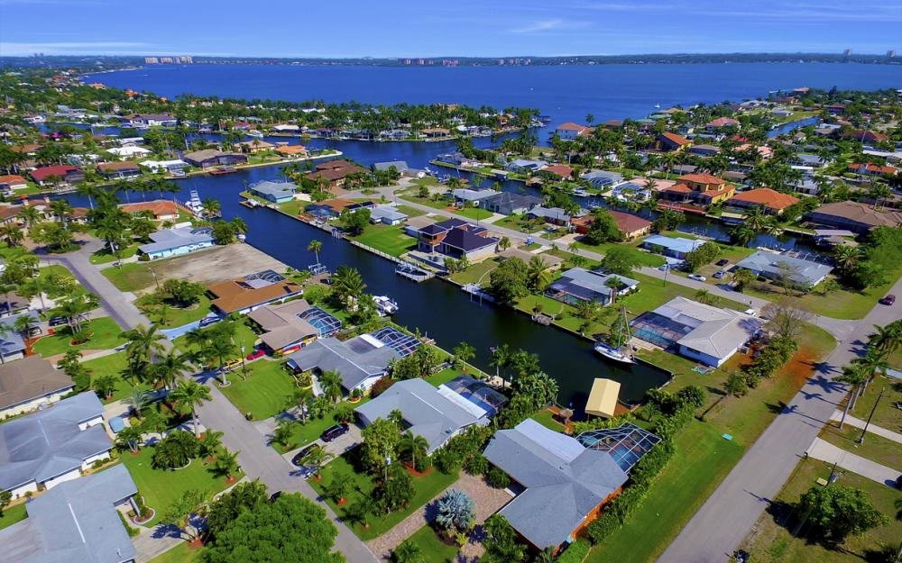 140 SW 56th Ter, Cape Coral - Home For Sale 216282081