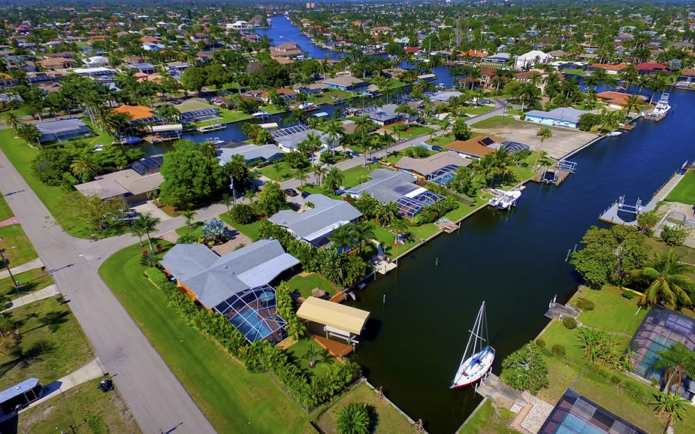 140 SW 56th Ter, Cape Coral - Home For Sale 1736694028