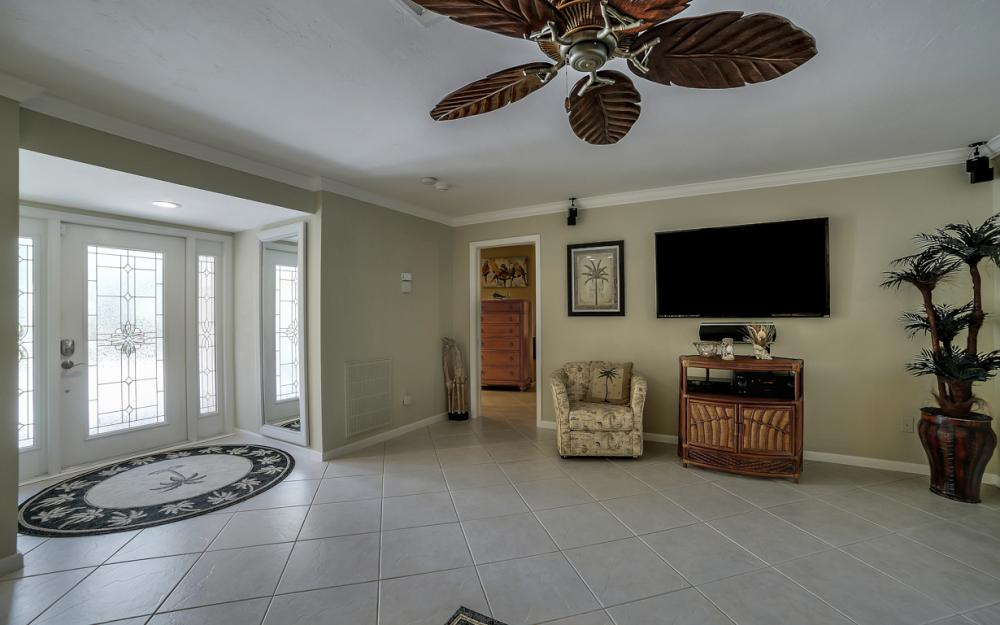 140 SW 56th Ter, Cape Coral - Home For Sale 172213998