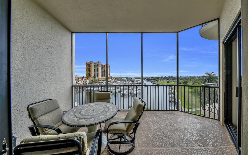 5702 Cape Harbour Dr #402, Cape Coral - Condo For Sale 2066580155