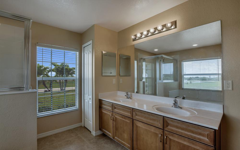 2847 NW 46th Pl, Cape Coral - Home For Sale 539146319