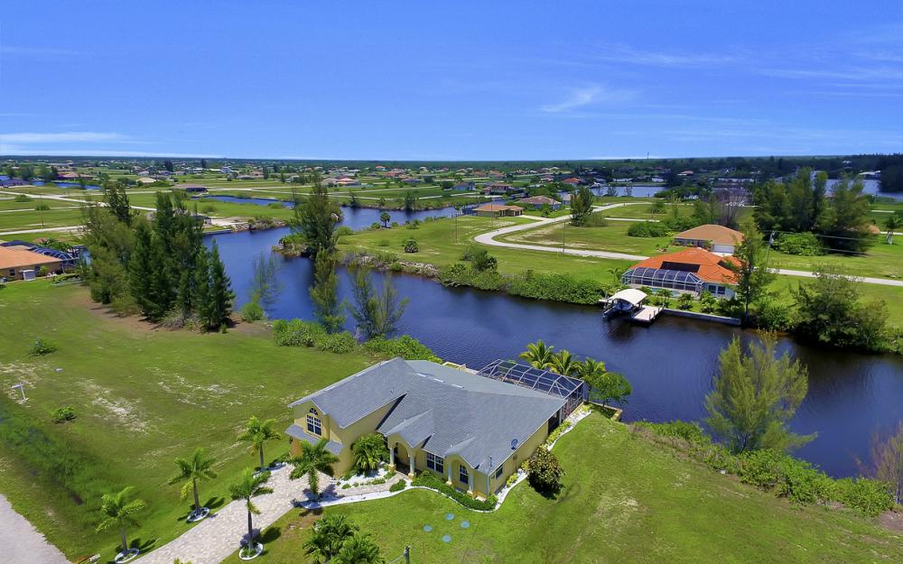 2847 NW 46th Pl, Cape Coral - Home For Sale 260058112