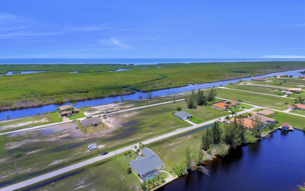 2847 NW 46th Pl, Cape Coral - Home For Sale 770706546