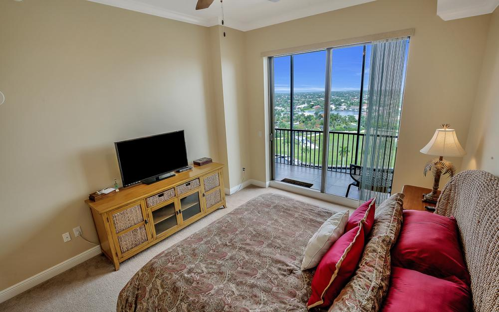 5781 Cape Harbour Dr #1406, Cape Coral - Condo For Sale 550247912