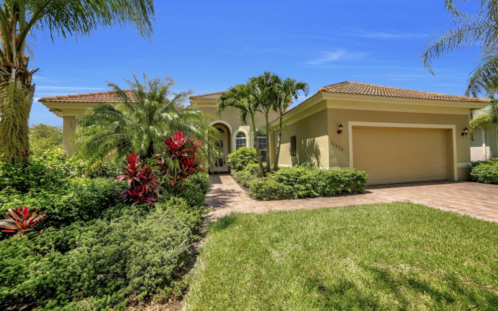 26430 Doverstone St, Bonita Springs - Home For Sale 552211871