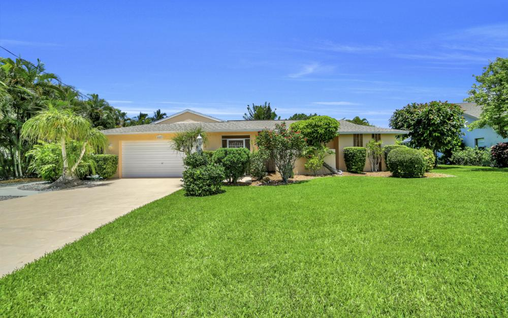 26877 McLaughlin Blvd, Bonita Springs - Home For Sale 578471733