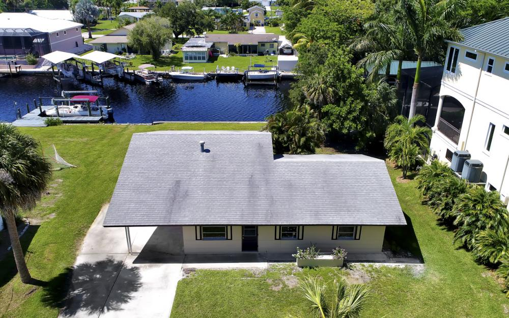 4810 Regal Dr, Bonita Springs - Home For Sale 460948094