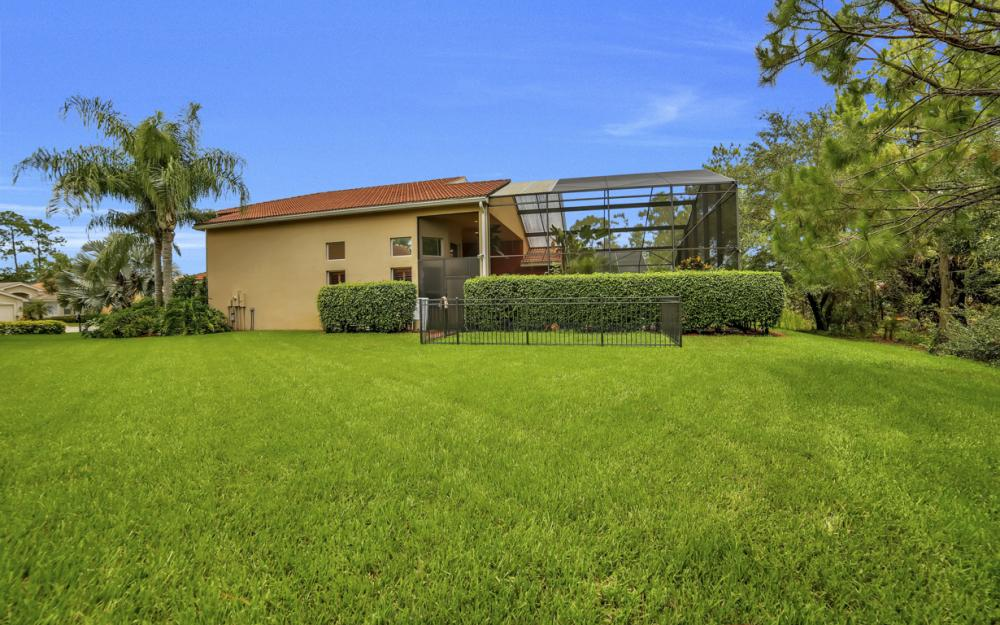 2401 Leafshine Ln, Naples - Home For Sale 404055411