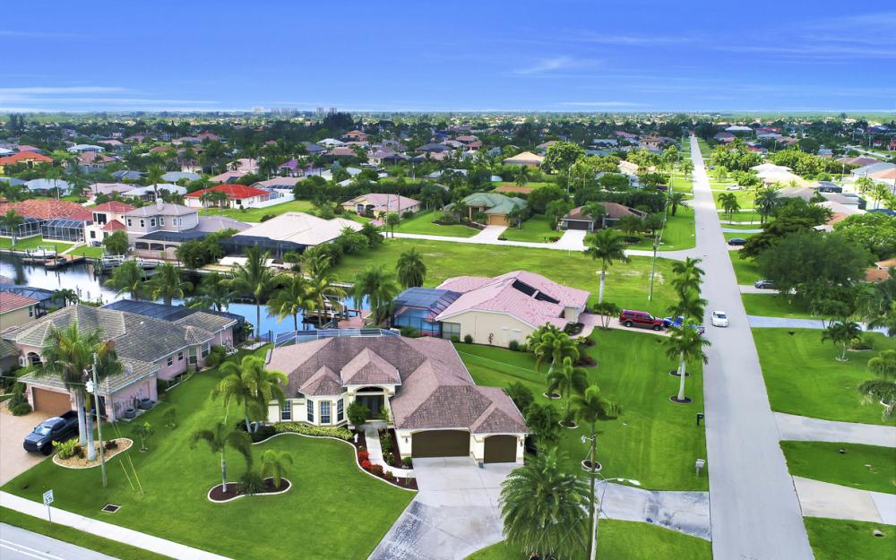 3221 SW 29th Ave, Cape Coral - Home For Sale 1098504071