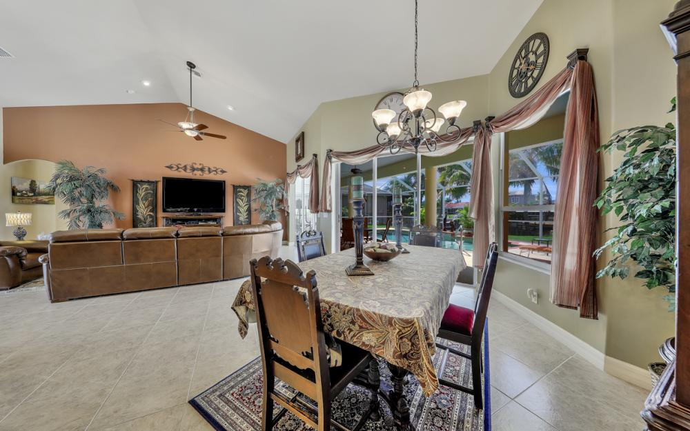 3221 SW 29th Ave, Cape Coral - Home For Sale 221827304