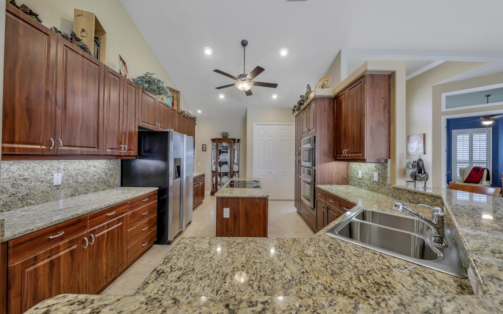 3221 SW 29th Ave, Cape Coral - Home For Sale 783758614
