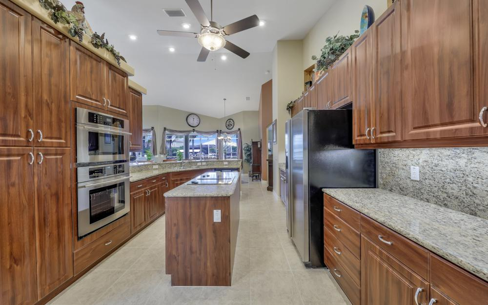 3221 SW 29th Ave, Cape Coral - Home For Sale 848928280