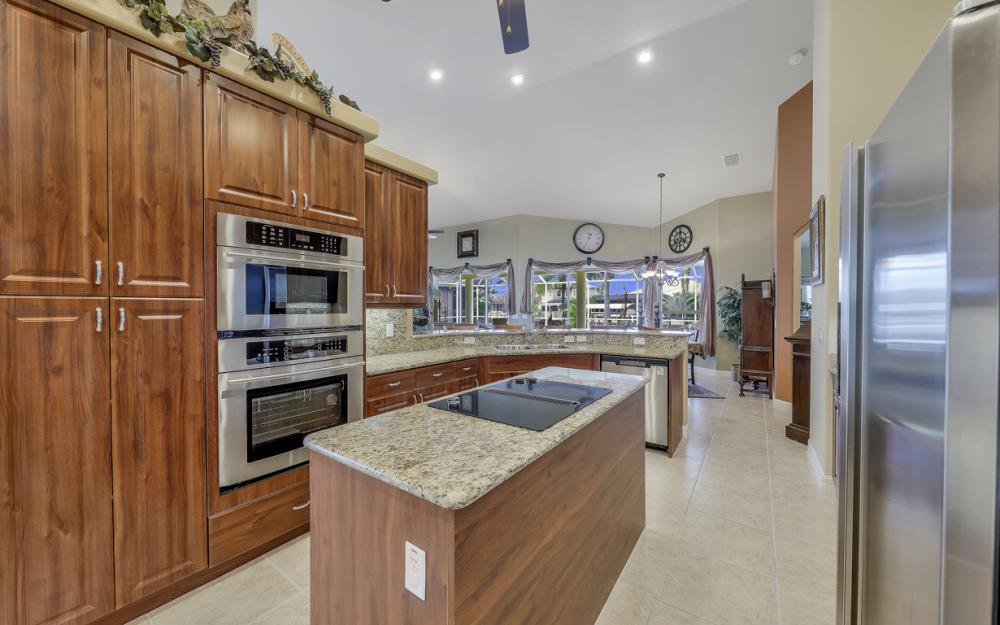 3221 SW 29th Ave, Cape Coral - Home For Sale 267561802