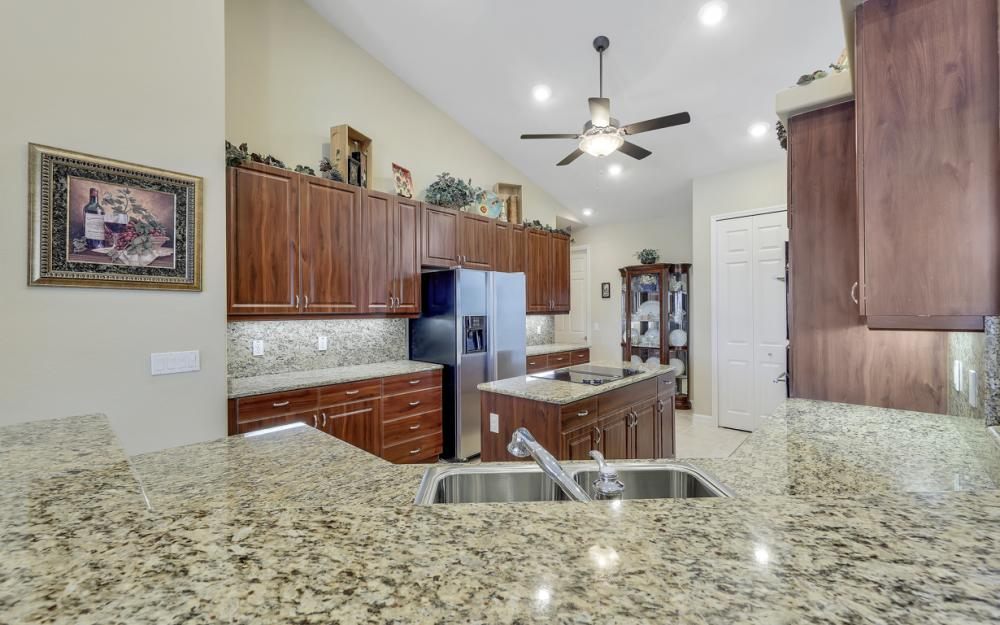 3221 SW 29th Ave, Cape Coral - Home For Sale 488851490