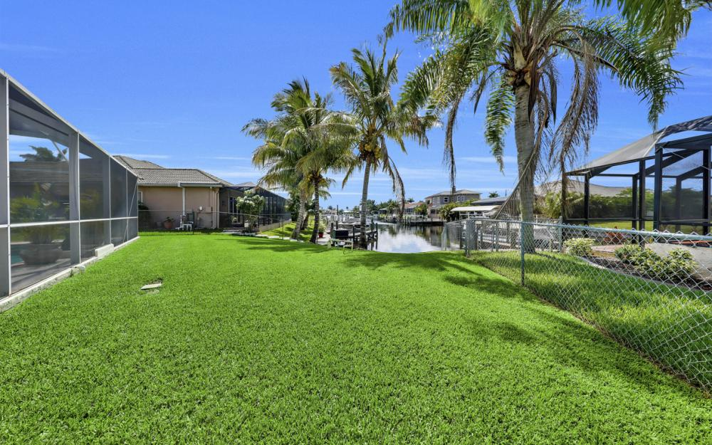 3221 SW 29th Ave, Cape Coral - Home For Sale 608440743