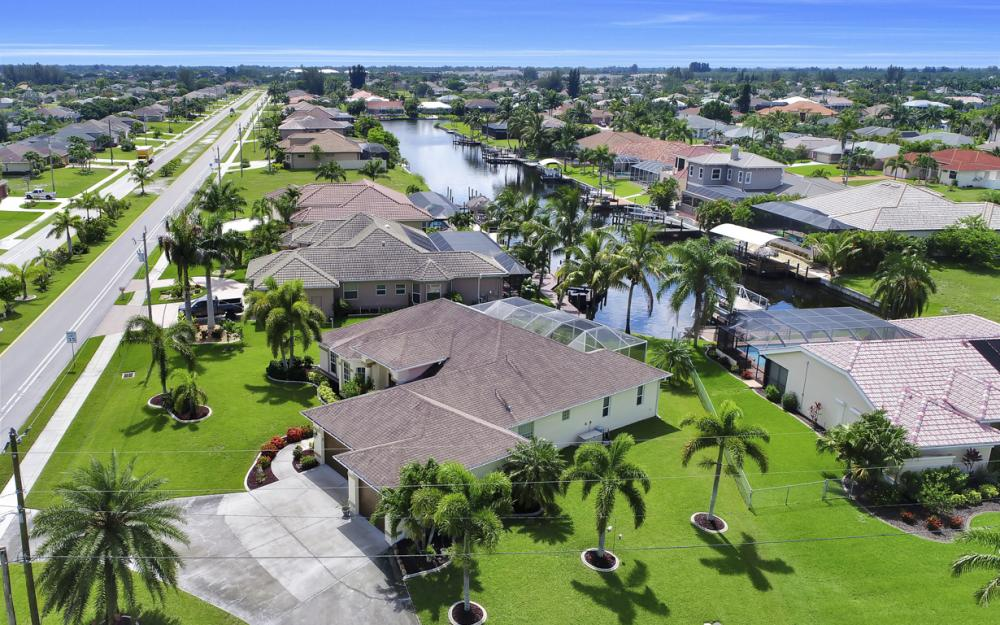 3221 SW 29th Ave, Cape Coral - Home For Sale 836568347