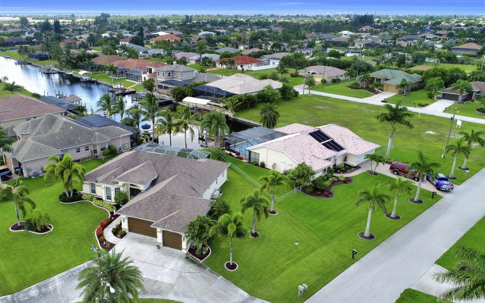 3221 SW 29th Ave, Cape Coral - Home For Sale 1005963567