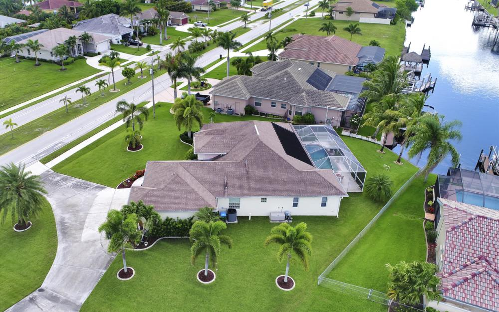 3221 SW 29th Ave, Cape Coral - Home For Sale 1693658256
