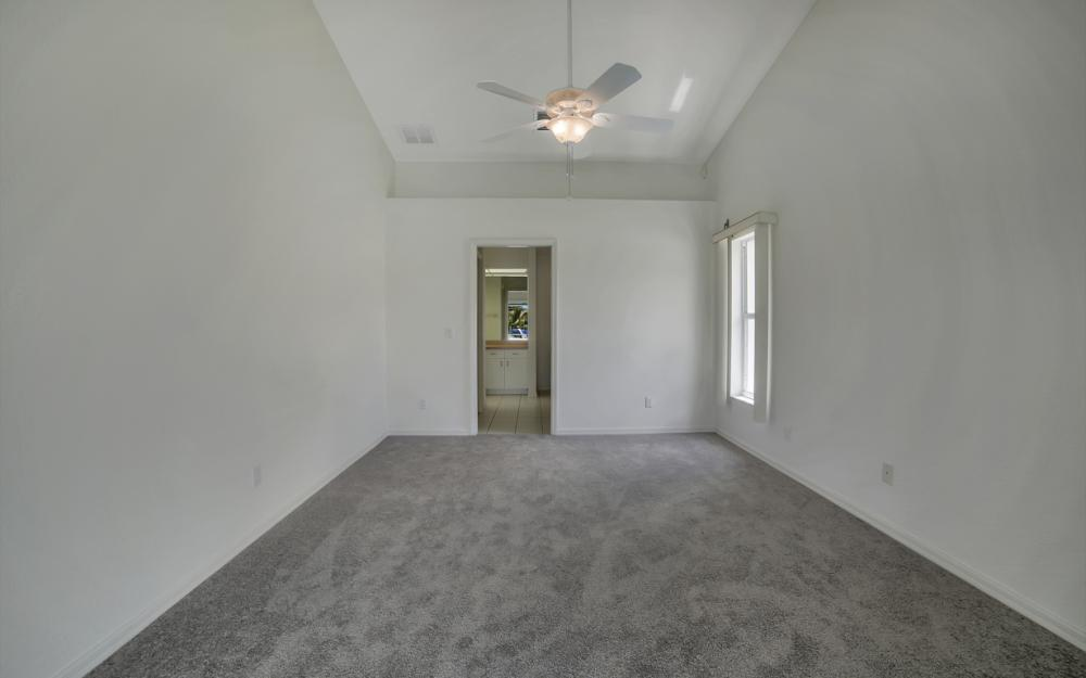 1323 SE 31st Ter, Cape Coral - Home For Sale 858904308
