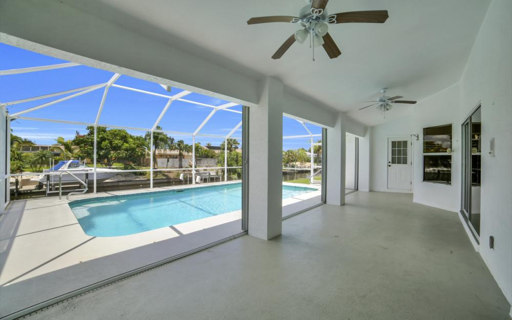 1323 SE 31st Ter, Cape Coral - Home For Sale 1807200636
