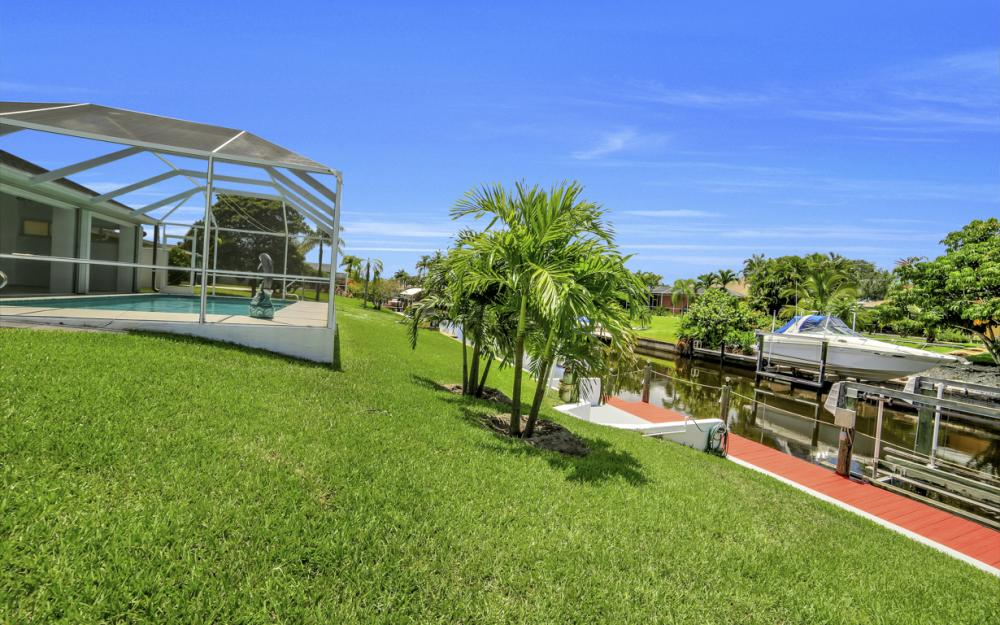 1323 SE 31st Ter, Cape Coral - Home For Sale 359125867