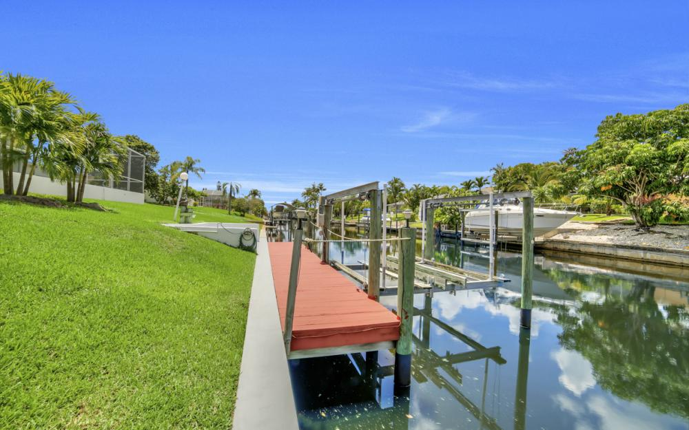1323 SE 31st Ter, Cape Coral - Home For Sale 1005111671
