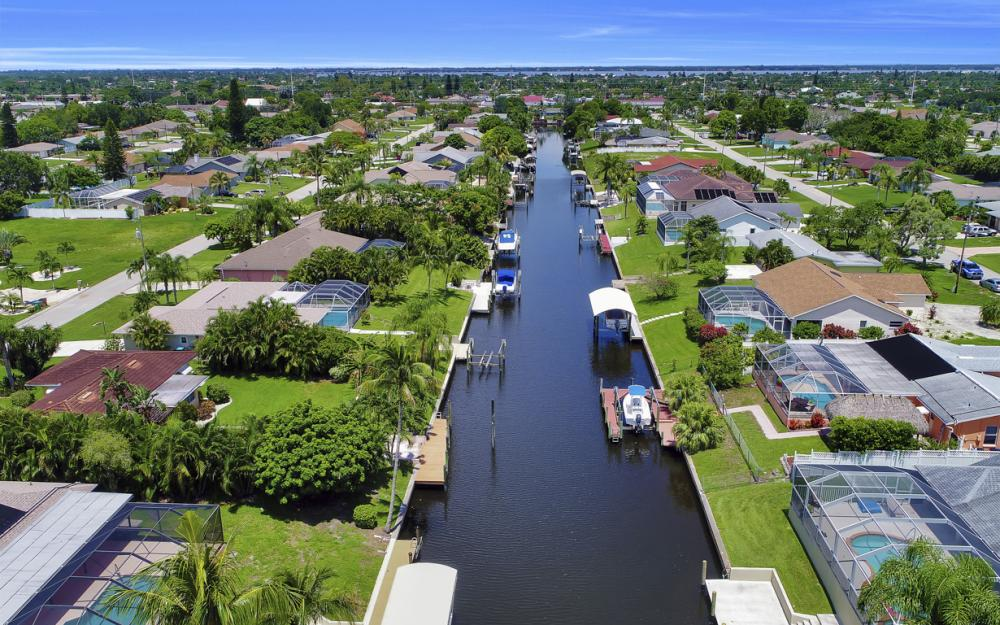 1323 SE 31st Ter, Cape Coral - Home For Sale 847478712