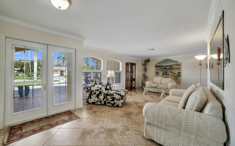 3710 SE 21st Ave, Cape Coral - Home For Sale 1776368478