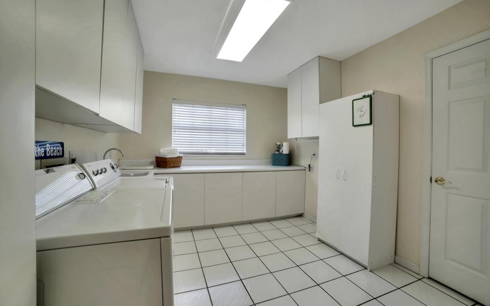 3710 SE 21st Ave, Cape Coral - Home For Sale 1134376175