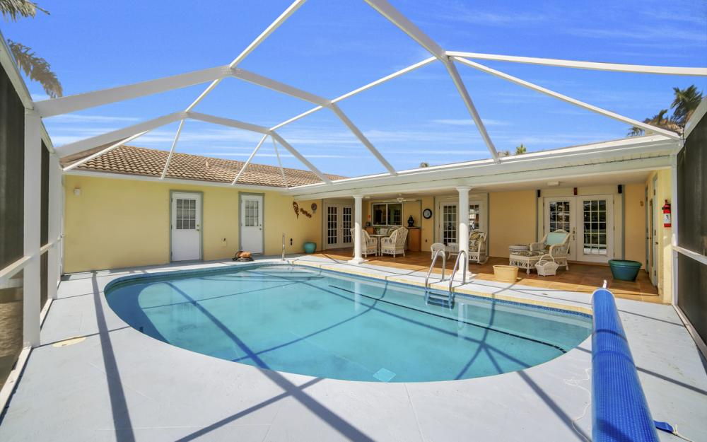 3710 SE 21st Ave, Cape Coral - Home For Sale 804203176
