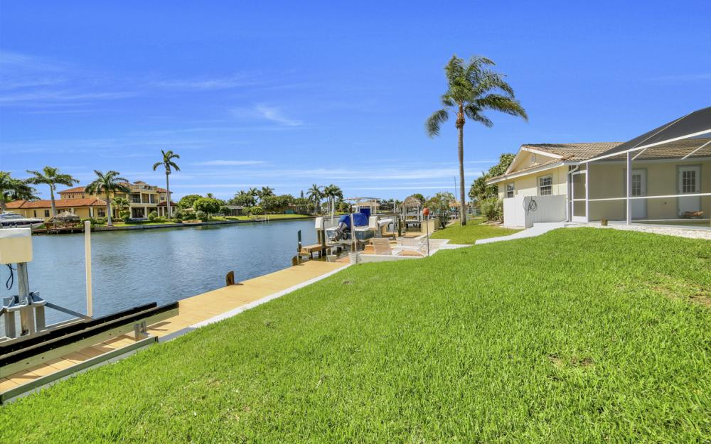 3710 SE 21st Ave, Cape Coral - Home For Sale 2030994747