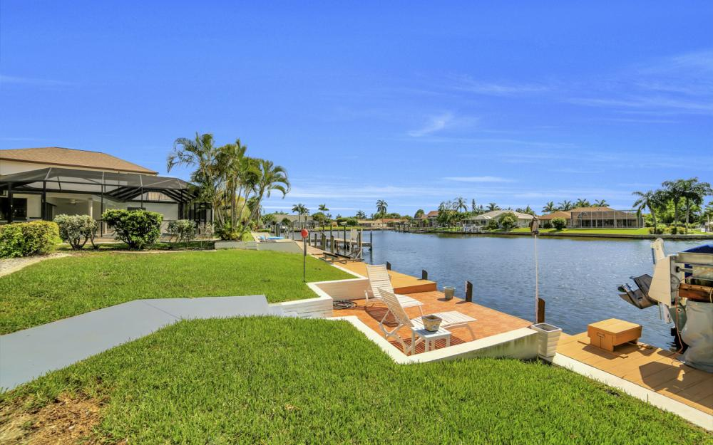 3710 SE 21st Ave, Cape Coral - Home For Sale 1162085364