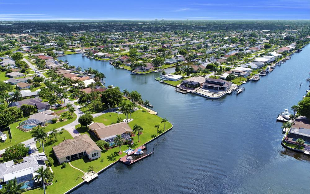 3710 SE 21st Ave, Cape Coral - Home For Sale 1662615769