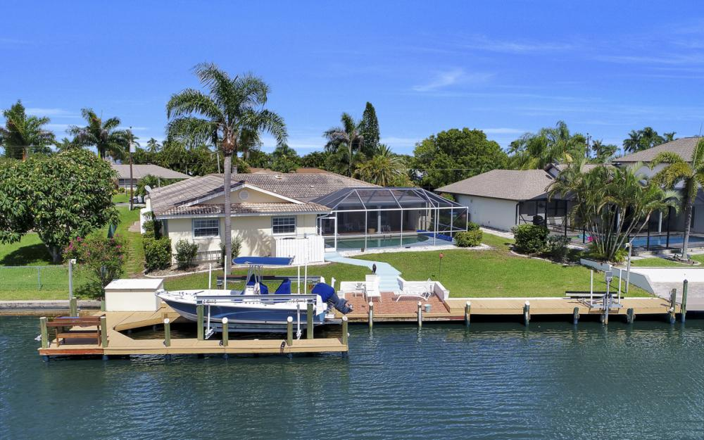 3710 SE 21st Ave, Cape Coral - Home For Sale 1410021859