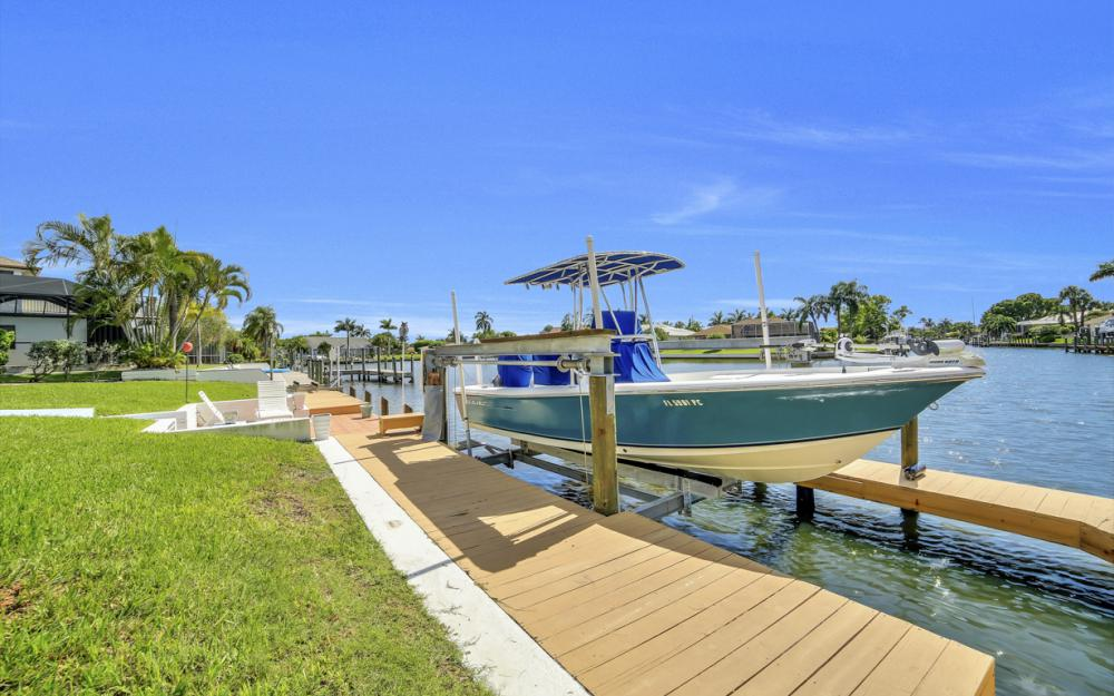 3710 SE 21st Ave, Cape Coral - Home For Sale 1966644791