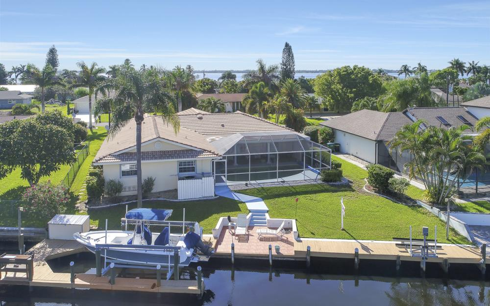 3710 SE 21st Ave, Cape Coral - Home For Sale 1907329289