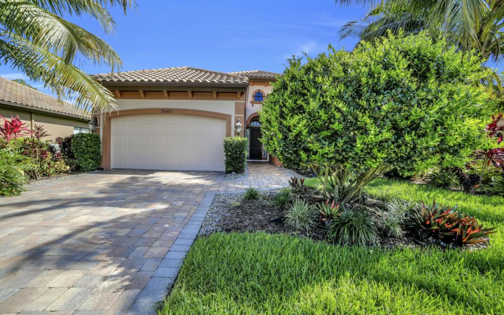 7445 Acorn Way, Naples - Home For Sale 1567988085